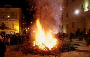 I fuochi di San Giuseppe: riti e tradizioni legati all'evento
