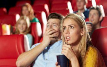 Chi non piange mai guardando un film è un egoista o un narcisista: lo dimostra uno studio