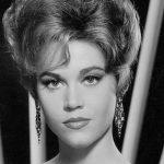 Jane Fonda violentata