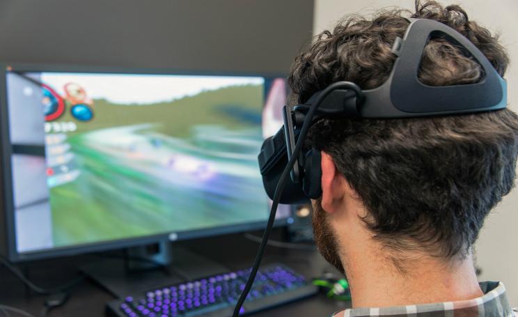 Oculus Rift, facebook taglia i prezzi anche del controller ecco quanto costano