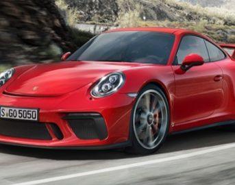Porsche 911 GT3 Salone di Ginevra, restyling: ritorno al cambio manuale [FOTO]