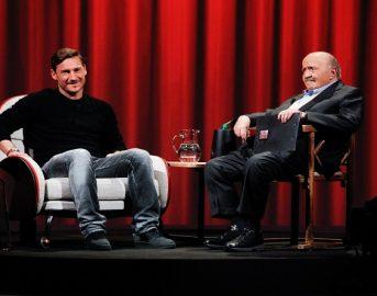 Roma news, Totti a L'intervista di Costanzo: 'Spalletti è il futuro della squadra'