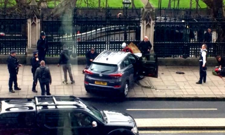 Londra attacco Parlamento