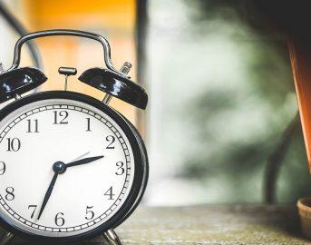 Ora legale 2017, come cambia l'orario? Questa notte lancette avanti o indietro? Quello che devi sapere