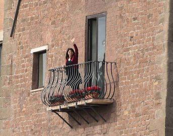 Edicola Fiore 2017 prima puntata: Virginia Raggi all'anteprima con Fiorello