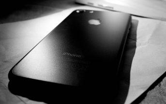 iPhone 8 integrerà un nuovo sistema wireless per la ricarica della batteria