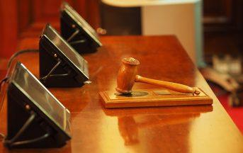 """Caso """"genitori-nonni"""": per il Tribunale la bambina è adottabile"""