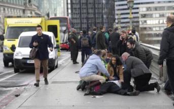 Londra attacco al Parlamento: 5 morti, perquisizioni in corso a Birmingham