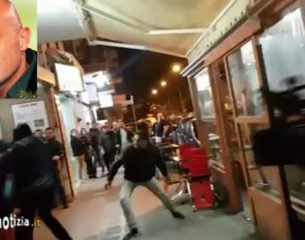 Striscia la notizia, inviato Luca Abete aggredito a Caserta: il pestaggio ripreso dal cameraman