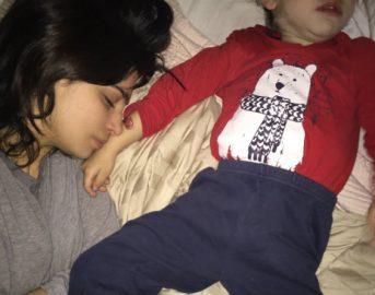 Terribilmente mamma: 7 motivi per cui i genitori sono più stanchi di quanto immaginate