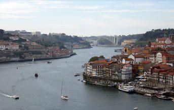 Cosa vedere, visitare, mangiare e dove alloggiare a Porto in Portogallo: dalla città alle spiagge