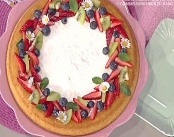 La Prova del Cuoco ricette dolci oggi: crostata morbida con frutta fresca di Natalia Cattelani