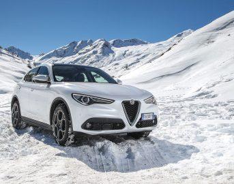 Alfa Romeo Stelvio prezzo, caratteristiche e scheda tecnica: due nuovi motori [FOTO]