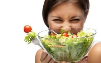 Alimentazione sana:10 cibi che creano più dipendenza e come smettere di mangiarli