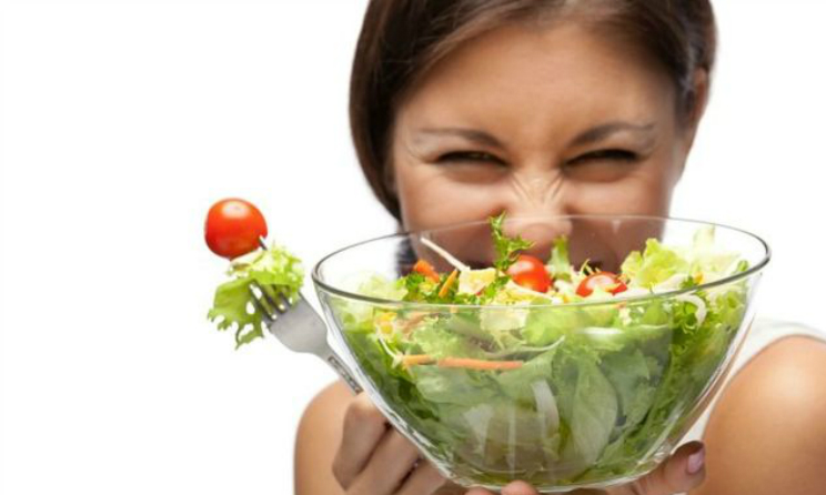 Alimentazione sana, i 10 cibi che creano piu dipendenza e come smettere di mangiarli