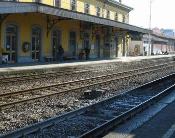 Livorno, tocca i fili dell'alta tensione e muore folgorato: bravata si trasforma in tragedia