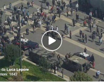 Milano, extracomunitari contro militari alla Stazione Centrale: un ferito (VIDEO)