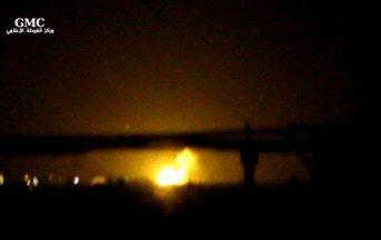 """Siria, esplosioni aeroporto di Damasco, l'accusa: """"Raid di Israele"""""""