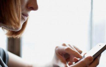 Smartphone: dipendenza al femminile che può nascondere la depressione