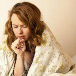 Tosse, 7 rimedi naturali fai da te per combatterla