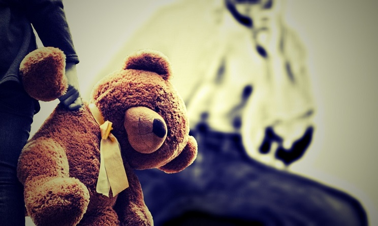 abusi bambini, abusi bambini in italia, abusi bambini denunce, abusi bambini dati, abusi bambini pediatri sentinella,