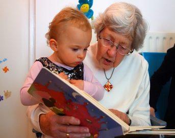 Voucher baby sitter Inps 2017: è possibile pagare nonni e parenti?