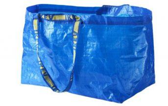 Borsa Frakta Ikea venduta da Balenciaga con ben quattro zeri in più