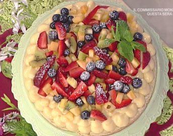 La Prova del Cuoco ricette dolci oggi: torta in padella con macedonia di Natalia Cattelani