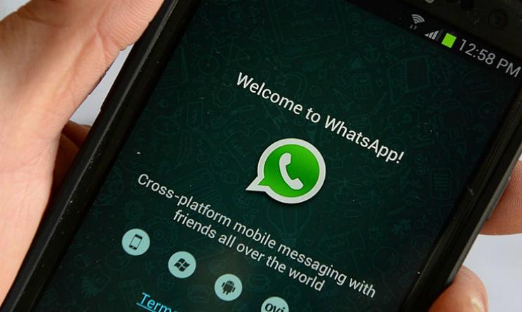 WhatsApp, arrivano i filtri per foto, video e gif