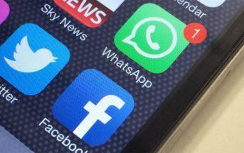 """WhatsApp, multa da 3 milioni da parte dell'Antitrust: """"Utenti indotti a condividere dati con Facebook"""""""