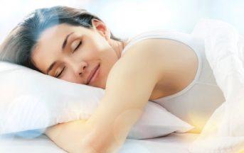 Attacchi di panico: esporsi alla luce per 8-12 ore combatte l'insonnia e rende meno ansiosi e stessati
