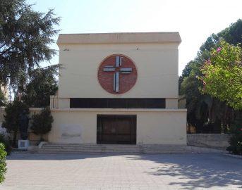 Reggio Calabria news, sacerdote aggredito nella notte da gruppo di vandali: è gravissimo