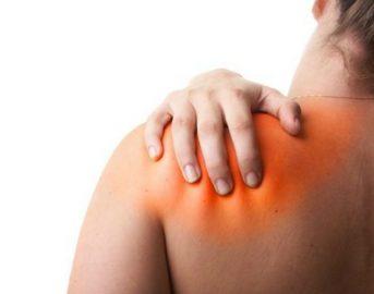 Dolori muscolari: come attenuarli con impacco allo zenzero, artiglio del diavolo e aloe vera