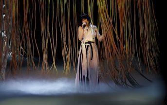 Elisa nuovo singolo e concerti: Ogni Istante fa da apripista all'Arena di Verona