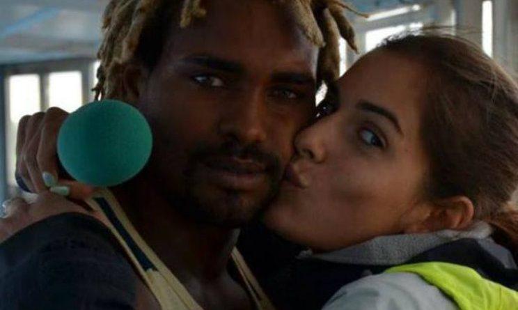 Acido, Tavares condannato per stalking