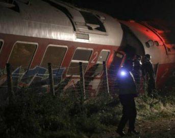 Grecia, treno deraglia su linea Atene-Salonicco: due vittime, feriti in gravi condizioni