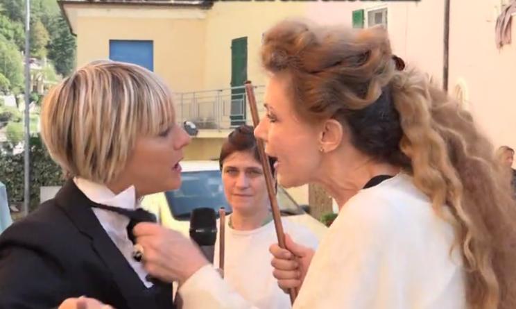 Le Iene , Nadia Toffa aggredita da Eleonora Brigliadori