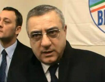 Camorra, arrestati Aniello e Raffaello fratelli del deputato Cesaro di Forza Italia: ecco le accuse