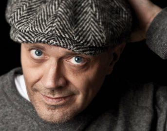 Max Pezzali età, altezza e vita privata: tutte le curiosità sul cantautore