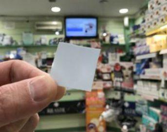 Impotenza maschile: francobollo che promette di sconfiggerla arriva in farmacia