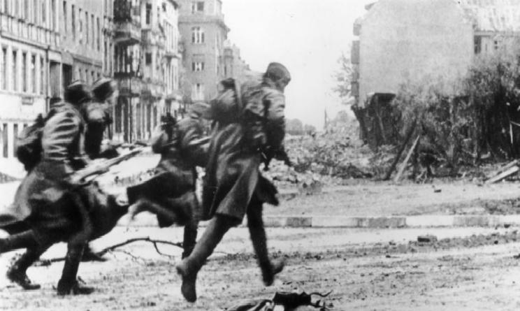 Seconda Guerra Mondiale il 2 maggio 1945 i sovietici conquistano Berlino