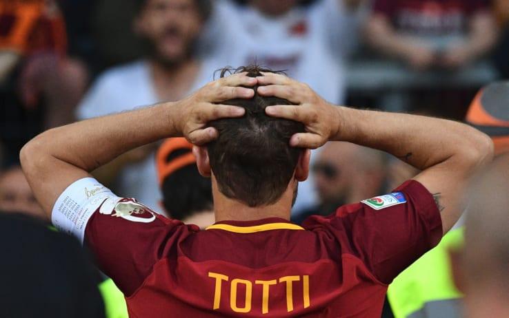 Roma, Totti omaggia Buffon:
