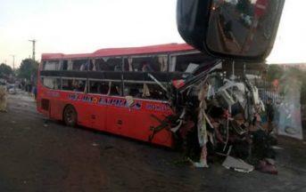 Vietnam, terribile incidente mortale: bus contro TIR, ci sono morti