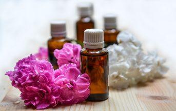 Tea Tree Oil: usi e benefici, ecco tutte le proprietà di questo rimedio naturale