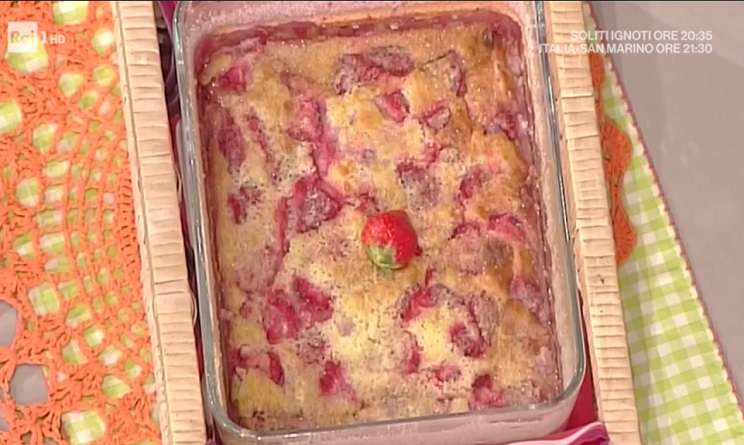 clafoutis di fragole, cocco e lime anna moroni, clafoutis di fragole, cocco e lime la prova del cuoco, la prova del cuoco ricette dolci oggi, la prova del cuoco ricette dolci, la prova del cuoco ricette oggi, la prova del cuoco 31 maggio 2017,