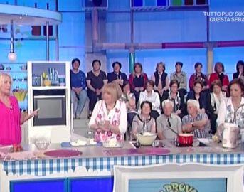 La Prova del Cuoco ricette dolci oggi: torta cuore d'estate di Sal De Riso e Guido Castagna
