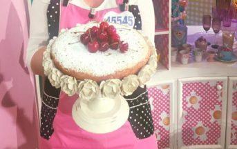 La Prova del Cuoco ricette dolci oggi: torta di ciliegie in padella di Natalia Cattelani