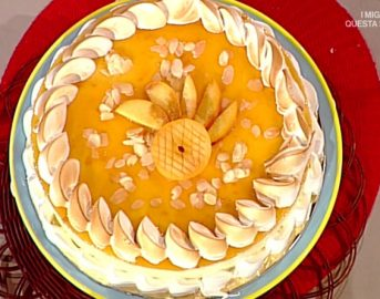 La Prova del cuoco ricette dolci oggi: torta pesche e mandorle di Sal De Riso