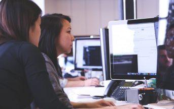 """Bando startup: Vodafone cerca imprese innovative """"in rosa"""" che lavorino per le donne"""
