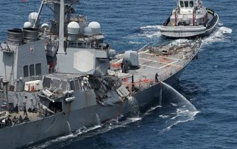 Collisione nave americana nel Mar del Giappone: recuperati i corpi dei 7 marinai USA